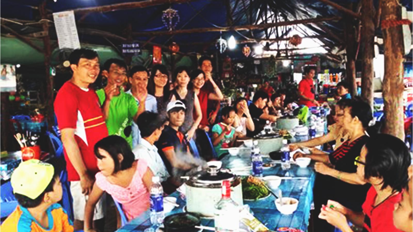Sôi động chuyến đi Hồ Tràm cùng Đại gia đình Trường Thịnh Group