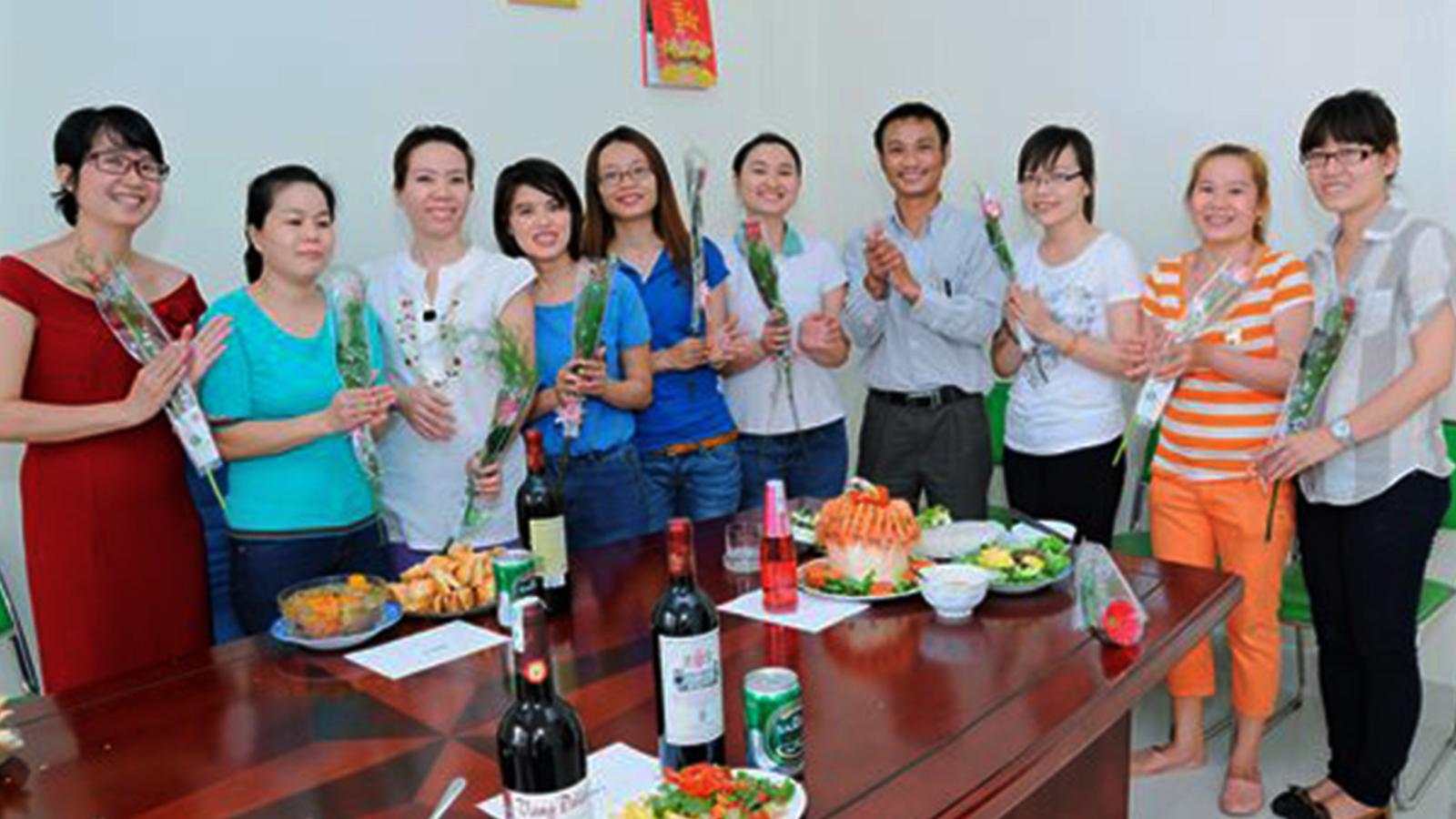 Hội thi nấu ăn mừng ngày Quốc tế Phụ nữ 08/03/2014